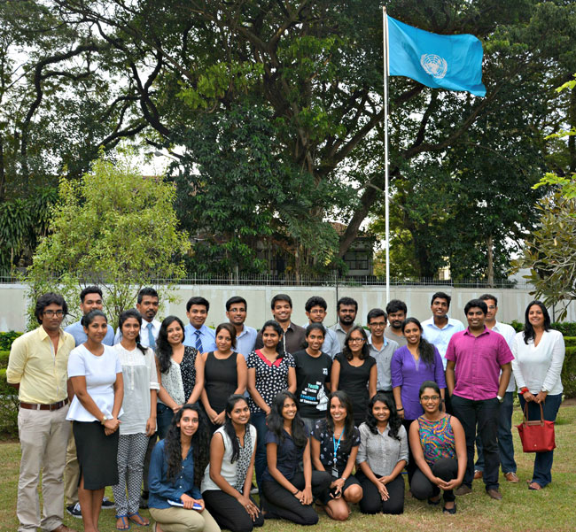 UNDP Sri Lanka hosts 32 young trilingual 'Unlocked' bloggers