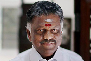 Free arrested fishermen before talks - Tamil Nadu CM