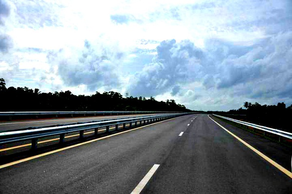Colombo Kandy Expressway construction begins today
