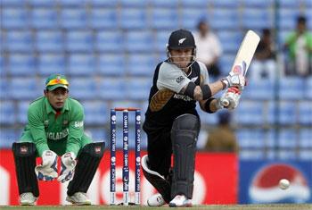 McCullum breaks record en route to destroying Bangladesh