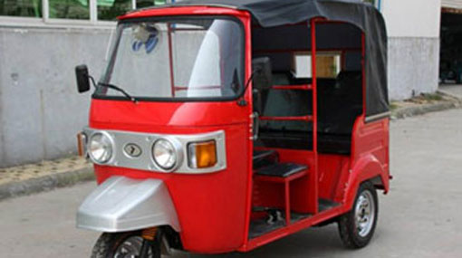Govt to limit 'Tuk Tuk' imports; introduce seat belts