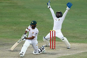 Sri Lanka win second Test to claim series