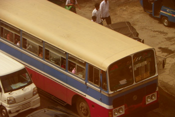 VIDEO: Private buses in several areas between Vavuniya and Jaffna on strike