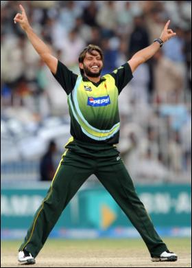 Afridi picks up another 5 wicket-haul to break Canadian hearts