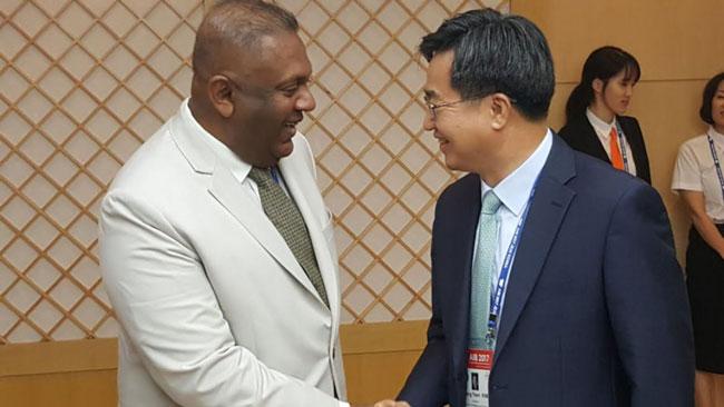 Minister Samaraweera meets S. Korean Deputy PM