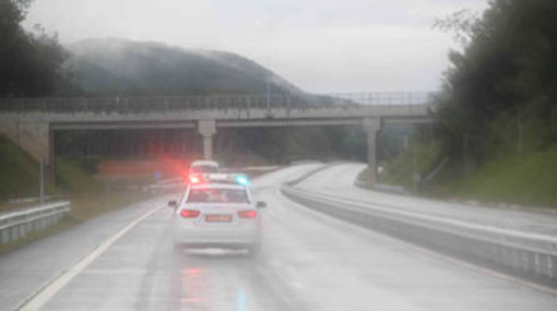 Five vehicles collide on Southern Expressway
