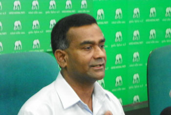 VIDEO: Sajith issuing misleading statements – Tissa