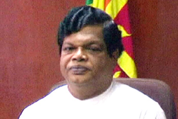 VIDEO: Canteen owners shed light on Bandula's lunch packet comment