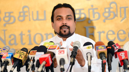 Lady justice bent for 'Sari' but not for 'Sivura' - Wimal