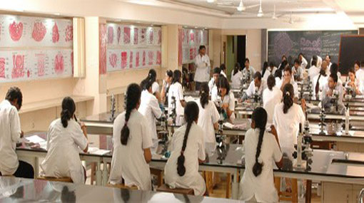 Govt Medical Faculty students to resume attending lectures from Nov 20