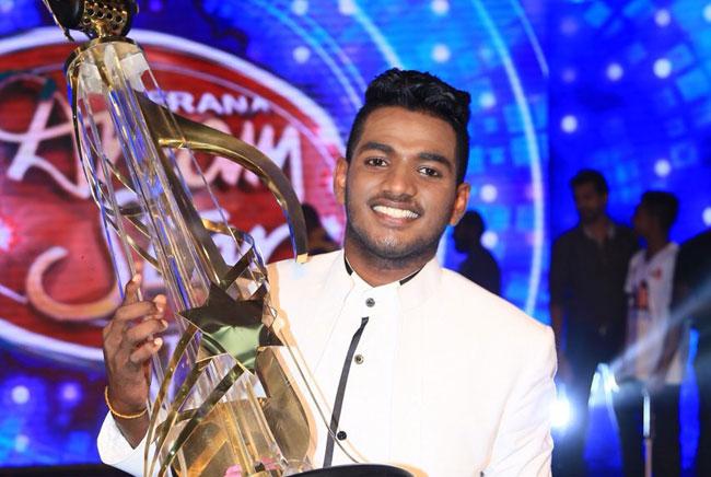 Suneera Sumanga crowned Derana Dream Star 2017