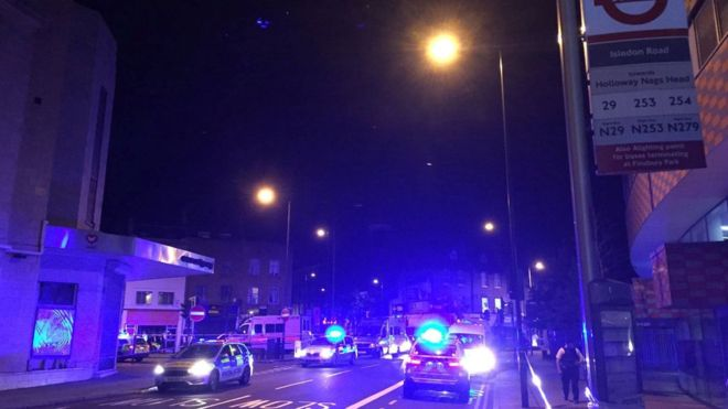 UK: Several hurt as vehicle hits pedestrians