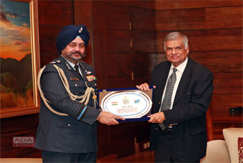 PM meets with Indian Air Chief…