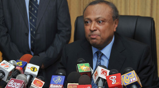 FCID grills Maj Gen Nanda Mallawaarachchi