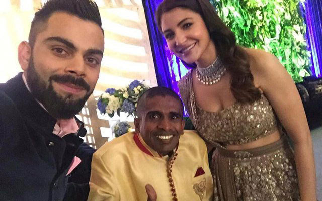 Virat Kohli Wedding.Sri Lankan Super Fan Attended Kohli S Wedding