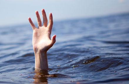 Two foreign nationals drown in sea