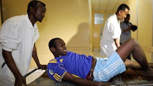 Twin car bombings kill nearly 30 in Somalia's Mogadishu