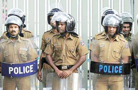 Police curfew imposed in Kandy administrative district