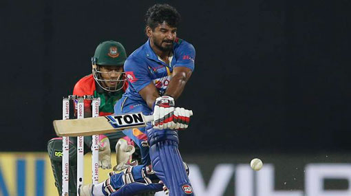 Bangladesh off to a flier in 215-run chase