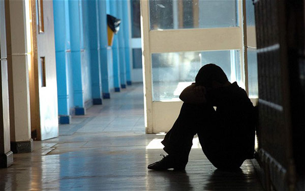 Sri Lankan-origin teen sues school over 'racist bullies'