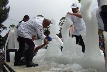 N'Eliya ice carving championship....