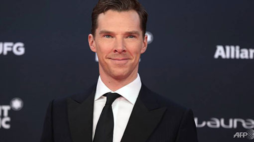 Sherlock star Benedict Cumberbatch fights off muggers attacking cyclist in London