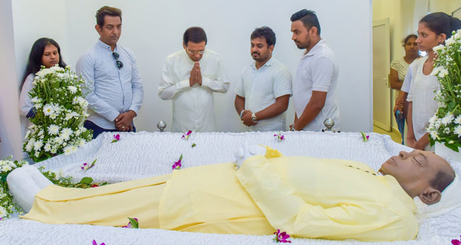 President pays last respects to Hema Nalin...