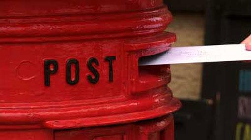 Postal workers' strike continues