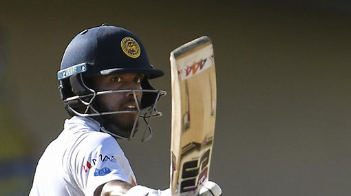 Sri Lanka ring in changes, bat first