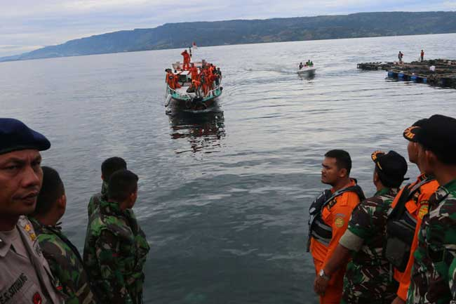 190 reported missing in Indonesia ferry disaster, search still ongoing