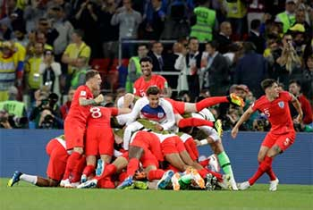 England beat Colombia on penalties