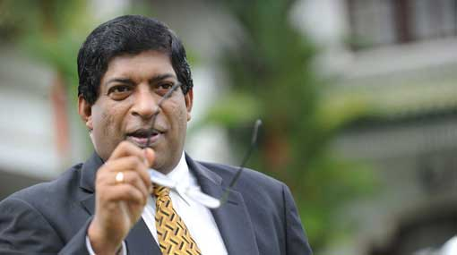 Handover country's economy to people who can manage it – Ravi