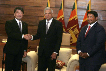 Japanese Defence Minister in SL...