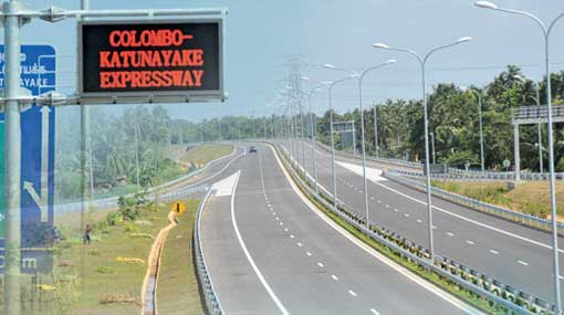 Section of Katunayake Expressway closed for construction