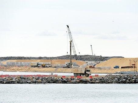 Sri Lanka says no Chinese military base at Hambantota port