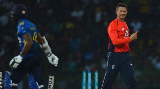 England beat Sri Lanka by 30 runs in T20 international