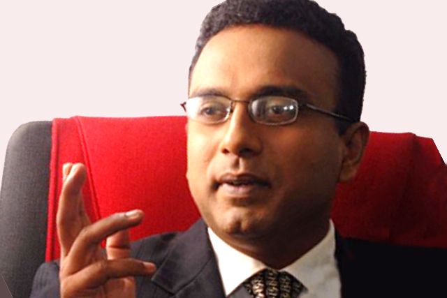 Manusha gives up ministerial portfolio; supports Ranil