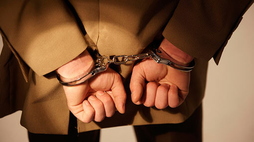 Two arrested for blackmailing businessmen while posing as policemen
