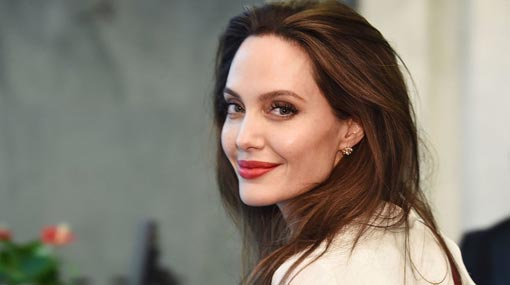 Angelina Jolie hints at move into politics
