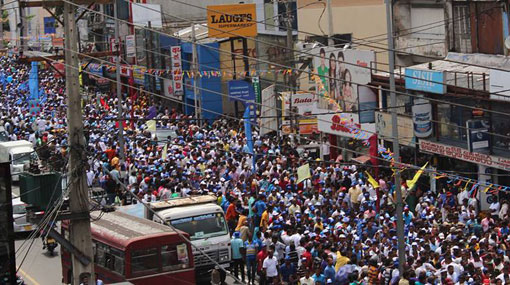 Heavy traffic as JO Pada Yatra enters Colombo
