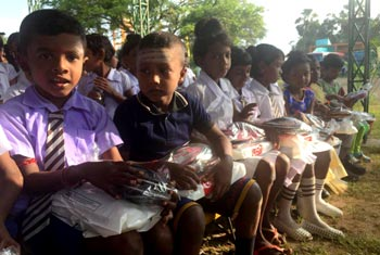 Manusath Derana supplies school equipment to North…