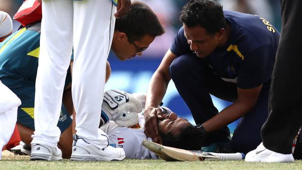 Dimuth Karunaratne taken to hospital after being hit in the neck