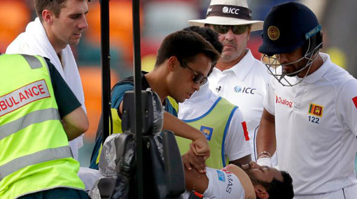 Karunaratne cleared of injury after being felled by bouncer