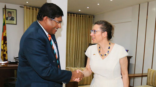 US Ambassador commends Sri Lanka's progress in using renewable energy