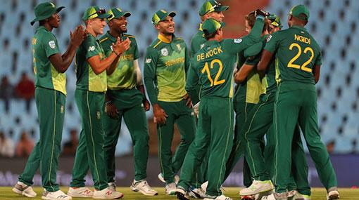 Quinton de Kock star as Proteas beat Sri Lanka in 2nd ODI