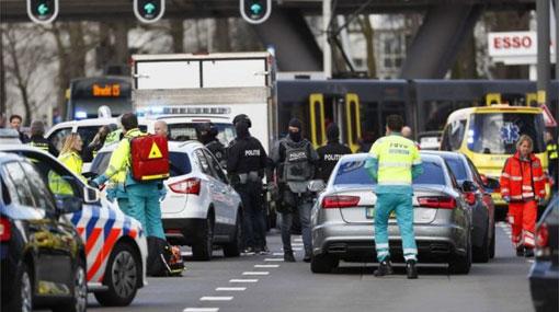 Several hurt as man opens fire in Dutch tram