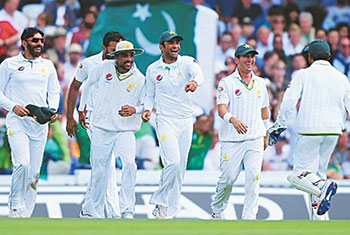 PCB negotiating with Sri Lanka on hosting Tests in Pakistan