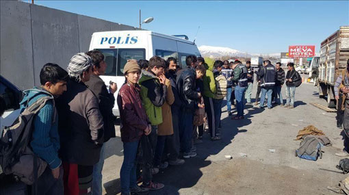 Sri Lankan illegal migrants held in Turkey