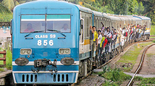 Trains delayed on Kelani Valley line
