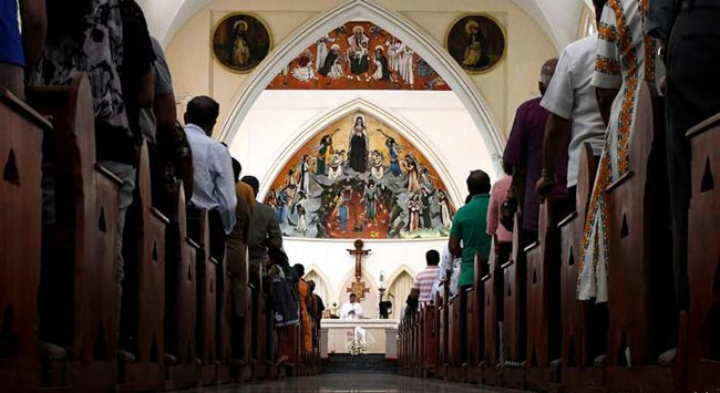 Catholics attend first Sunday Mass in since Easter Day attacks